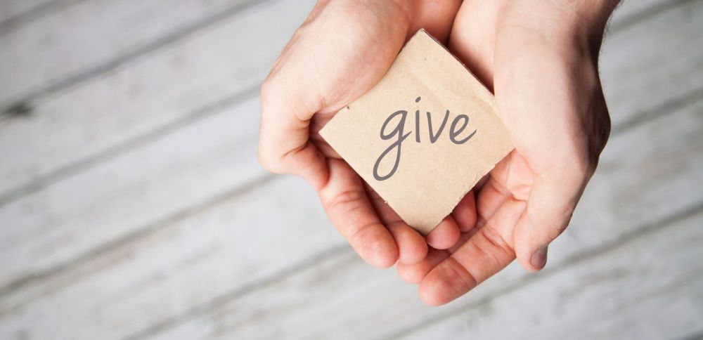 Givehands Istock Blog 1280x620 1280x620